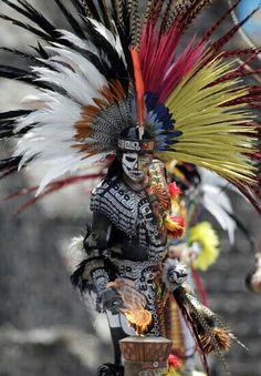 Aztec Warrior clipart teotihuacan #10