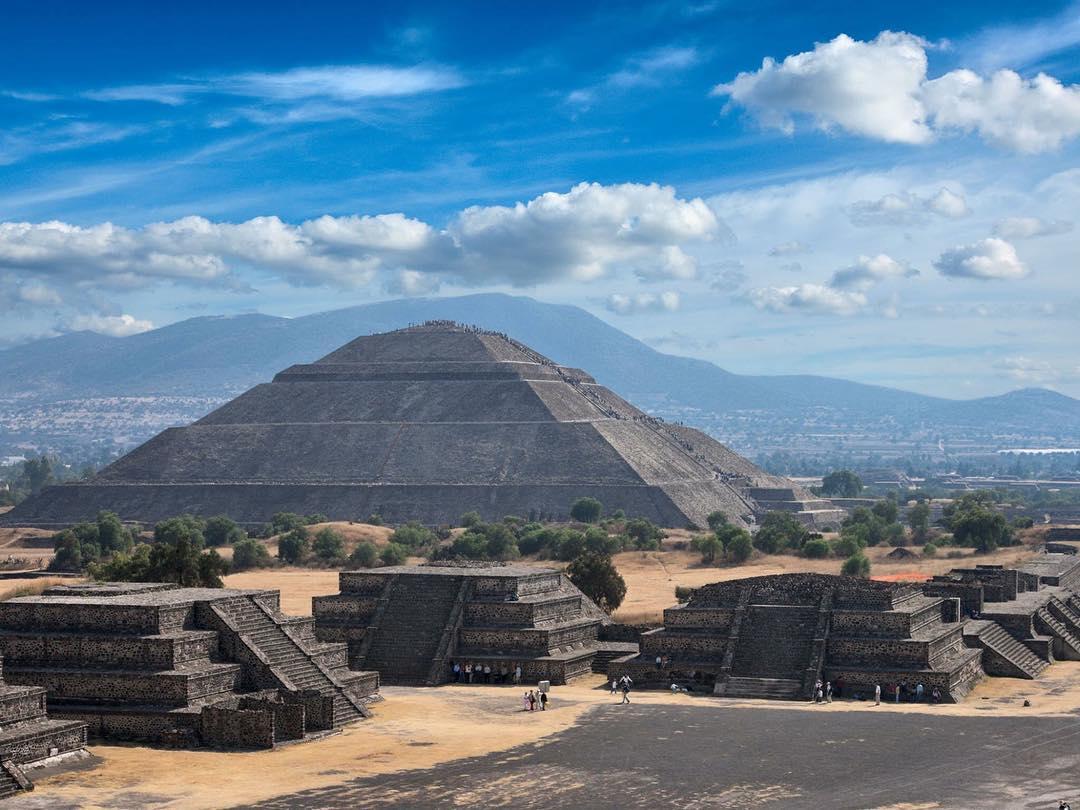 Aztec Warrior clipart teotihuacan #12