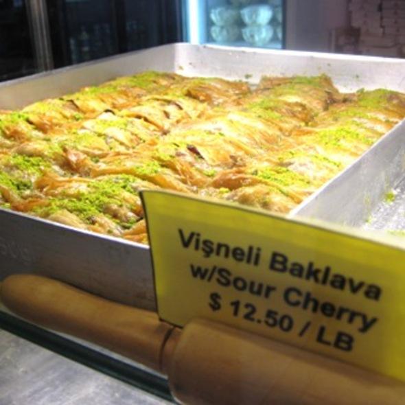 Baklava clipart Cherry Sour de baklava Gulluoglu