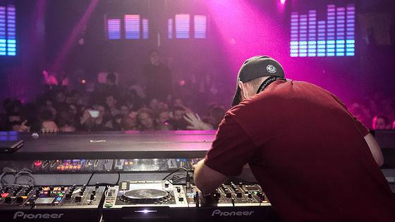 Beats clipart dj decks Equipment DJ Equipment Here Headphones