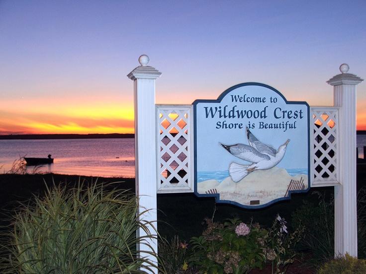 Boardwalk clipart family fun Area like Crest best on
