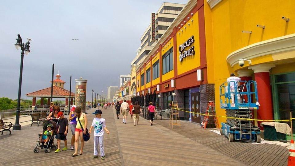 Boardwalk clipart family fun Featuring and Atlantic as City