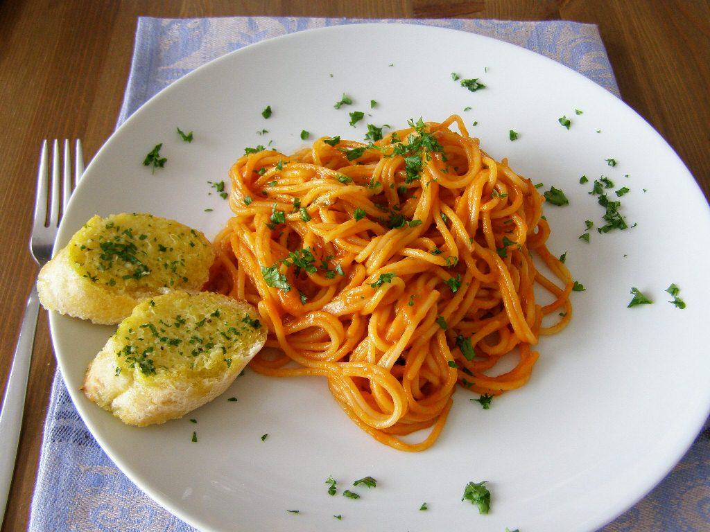 Bread clipart pasta and  Spaghetti with and Spaghetti
