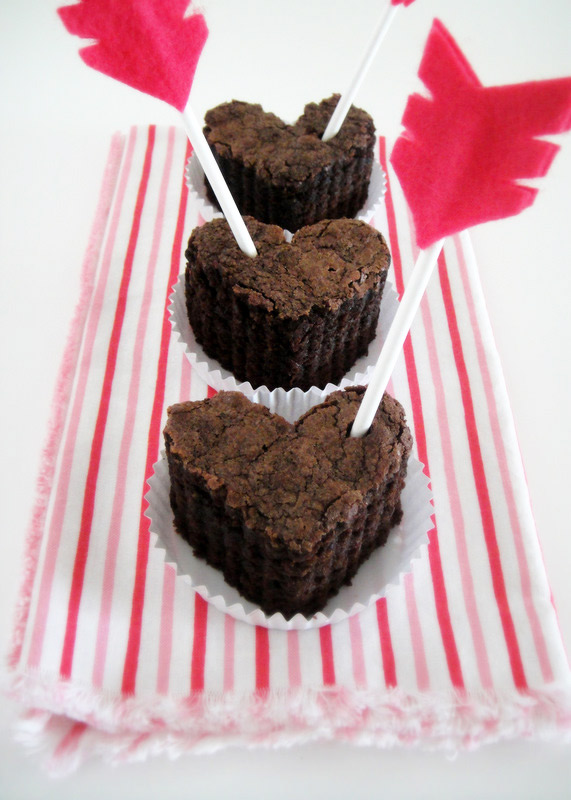 Brownie clipart valentine cupcake Images Pinterest 87 Art Best