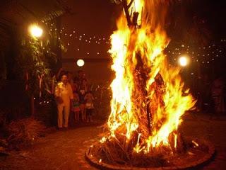 Camp Fire clipart holi Aarti Mantra holika_dahan Goddess Devotional
