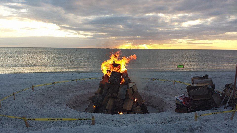 Campfire clipart beach bonfire « Beach Event Civic Sunset