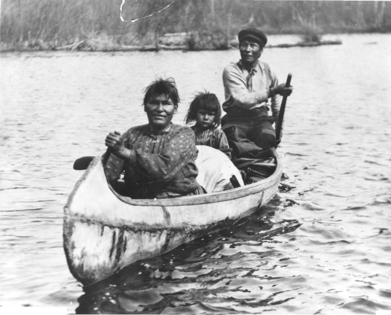 Canoe clipart ojibwe Native File: