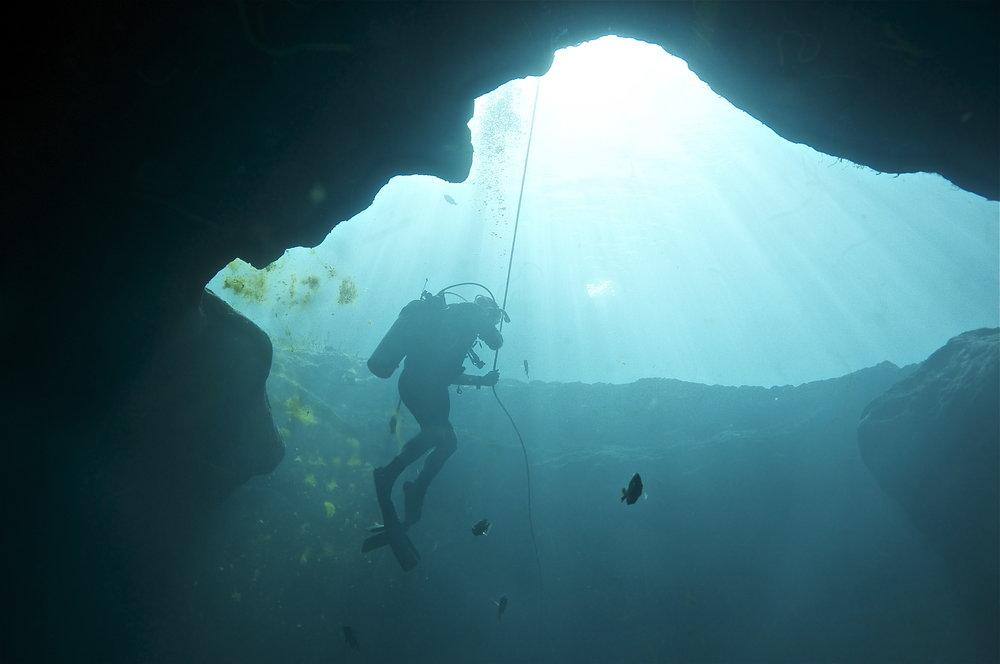 Cavern clipart underwater cave 44 16 18 Vortex 06