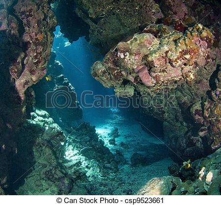 Cavern clipart underwater cave With  sunlight View cavern