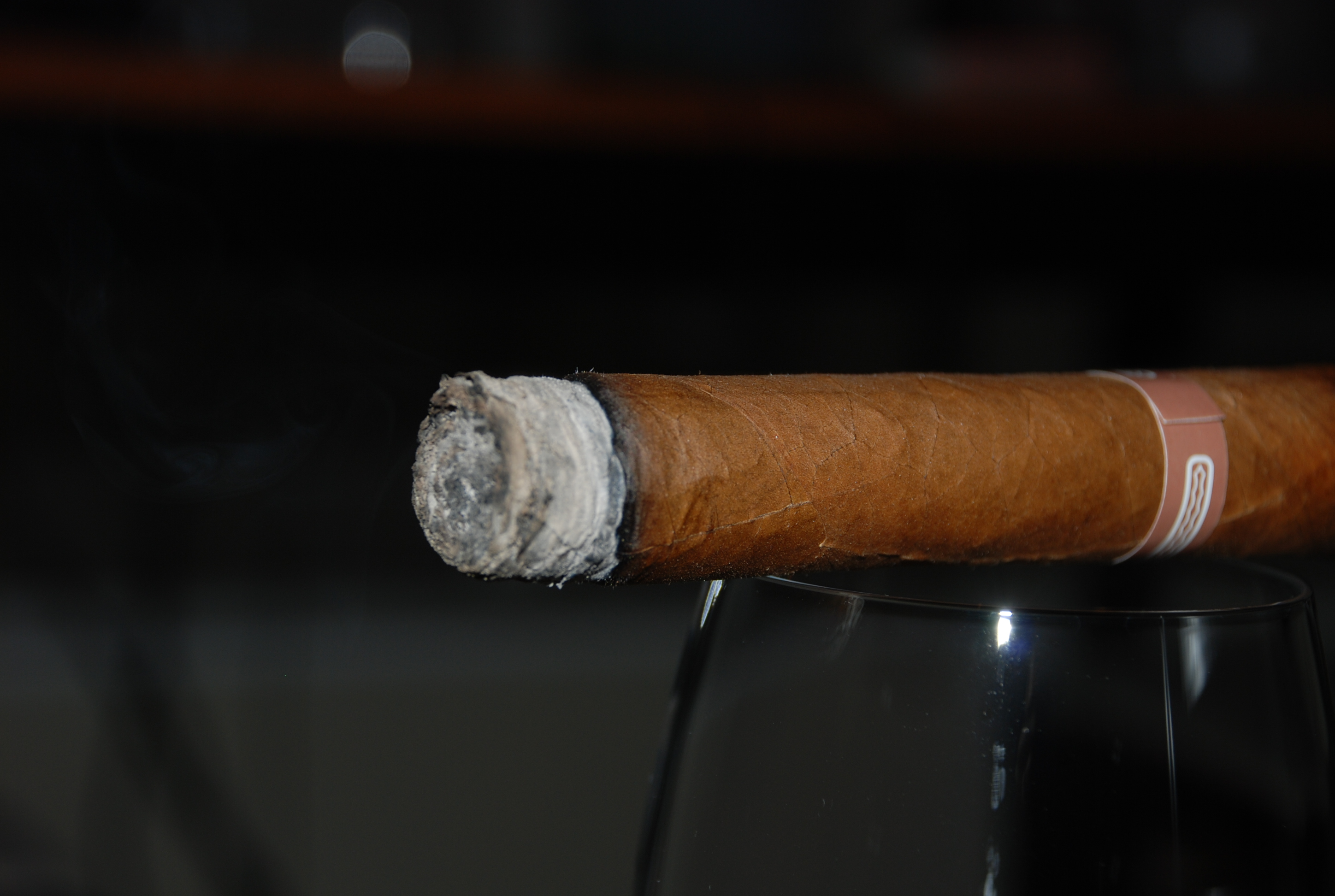 Cigar clipart lit Reviews LuxSource Page Reviews' Category