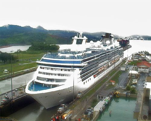 Cruise Ship clipart panama canal PANAMA almost the images through