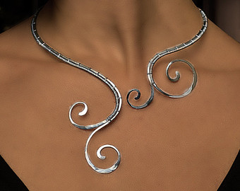 Curl clipart jewelry Necklace curl on jewelry silver