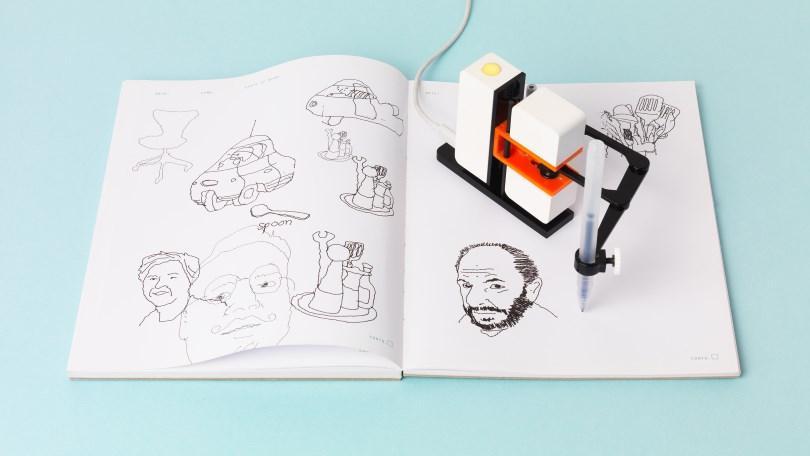 Drawn amd robot Tiny com Line PCMag Robot