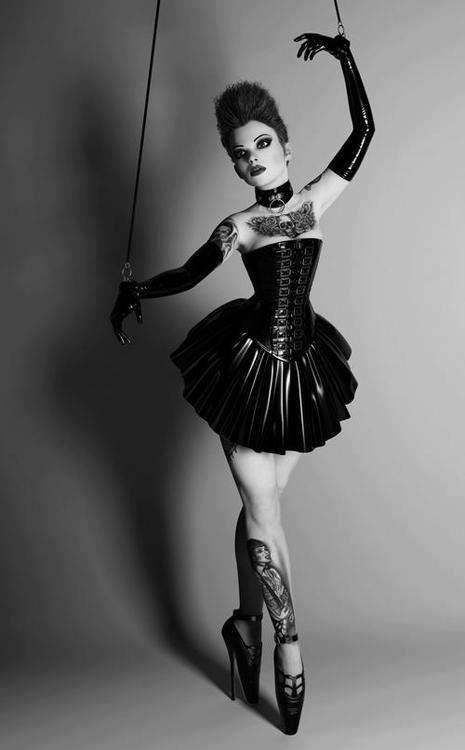 Drawn ballerine creepy 16 Dolls pointe best puppet