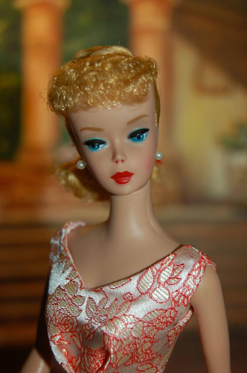 Drawn barbie turkish Over Barbie: beauty change ideals
