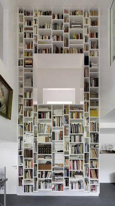 Drawn bookcase giant World's lichtinval raam / of