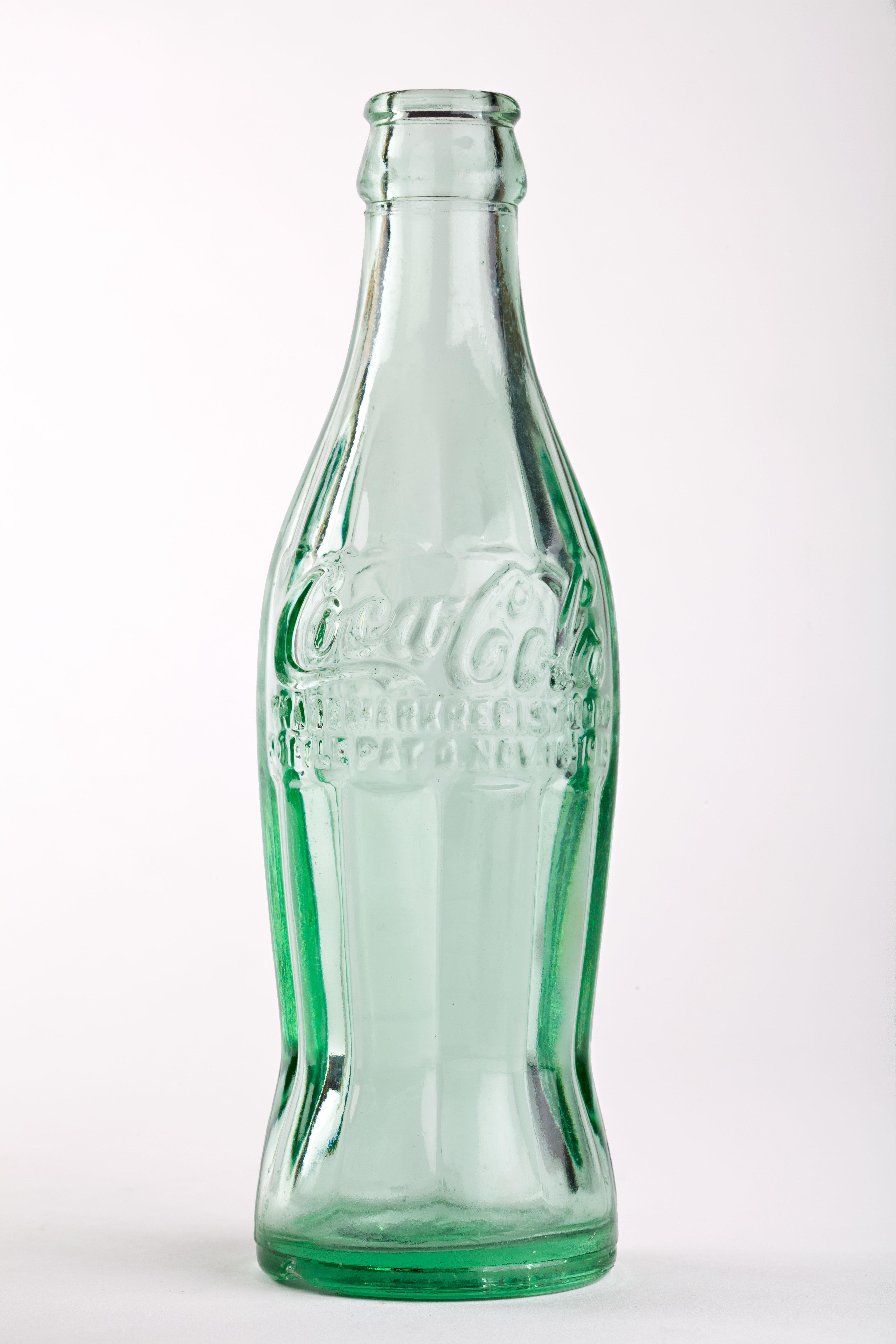 Drawn bottle Design Explores REVIEW® the PEACH