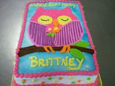 Drawn cake owl Buttercream on a  done