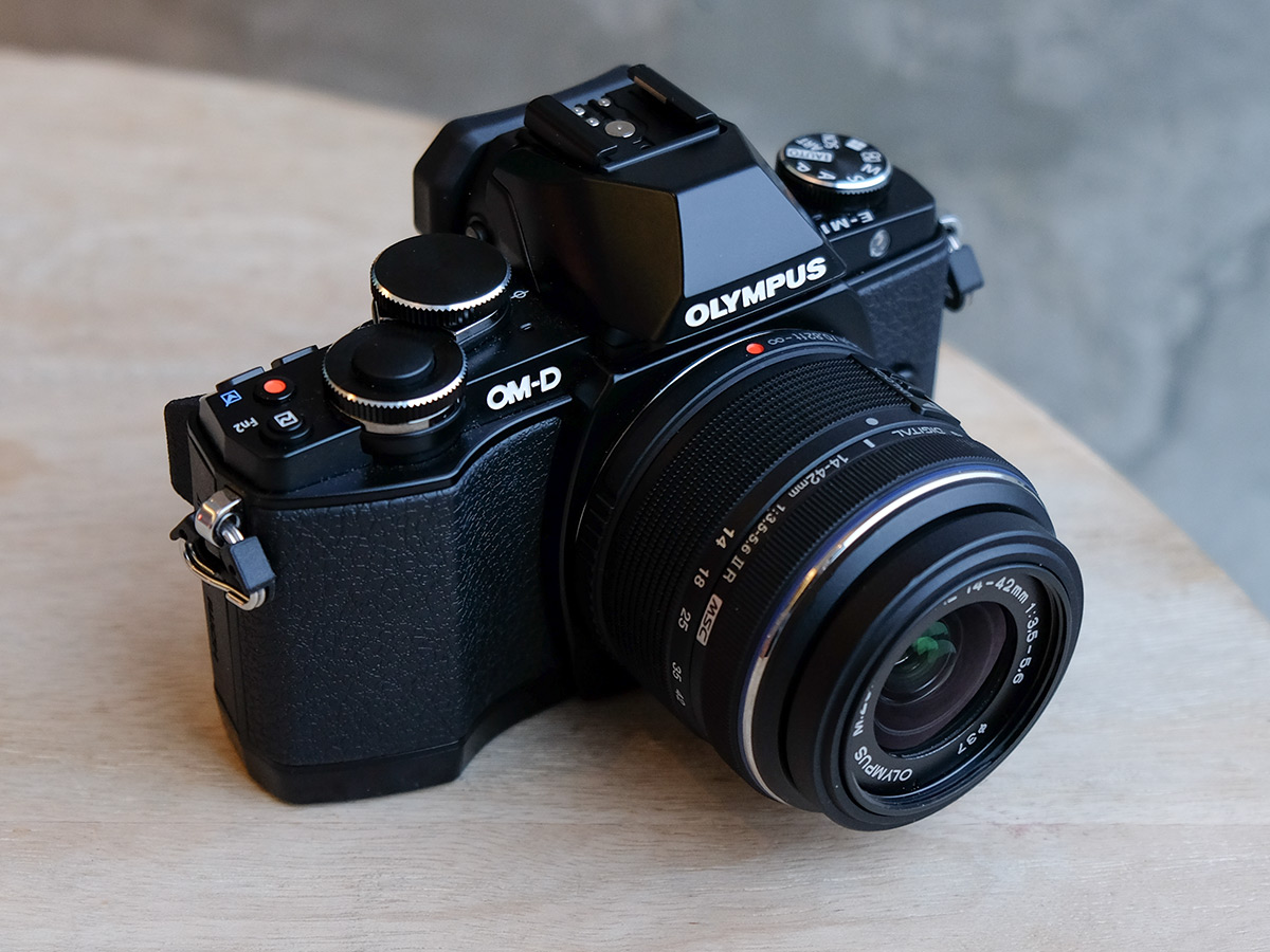 Drawn camera M10 Review:  Olympus D
