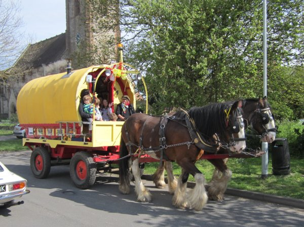 Drawn cart heavy horse Trips  carriage cart Itchington
