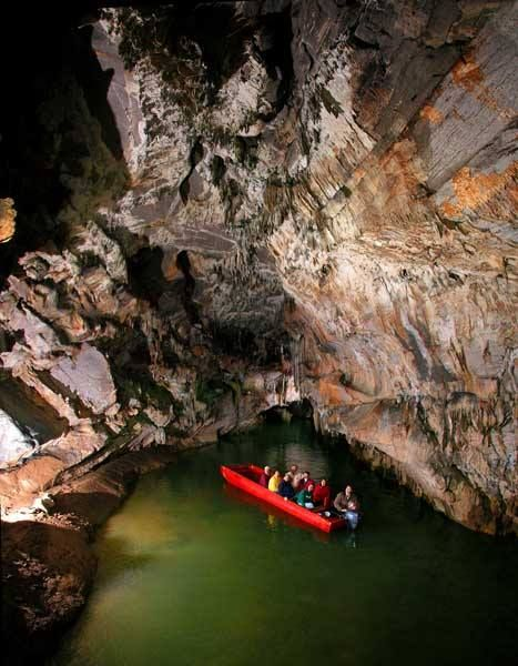 Drawn cavern breathtaking CAVE day spend best America's