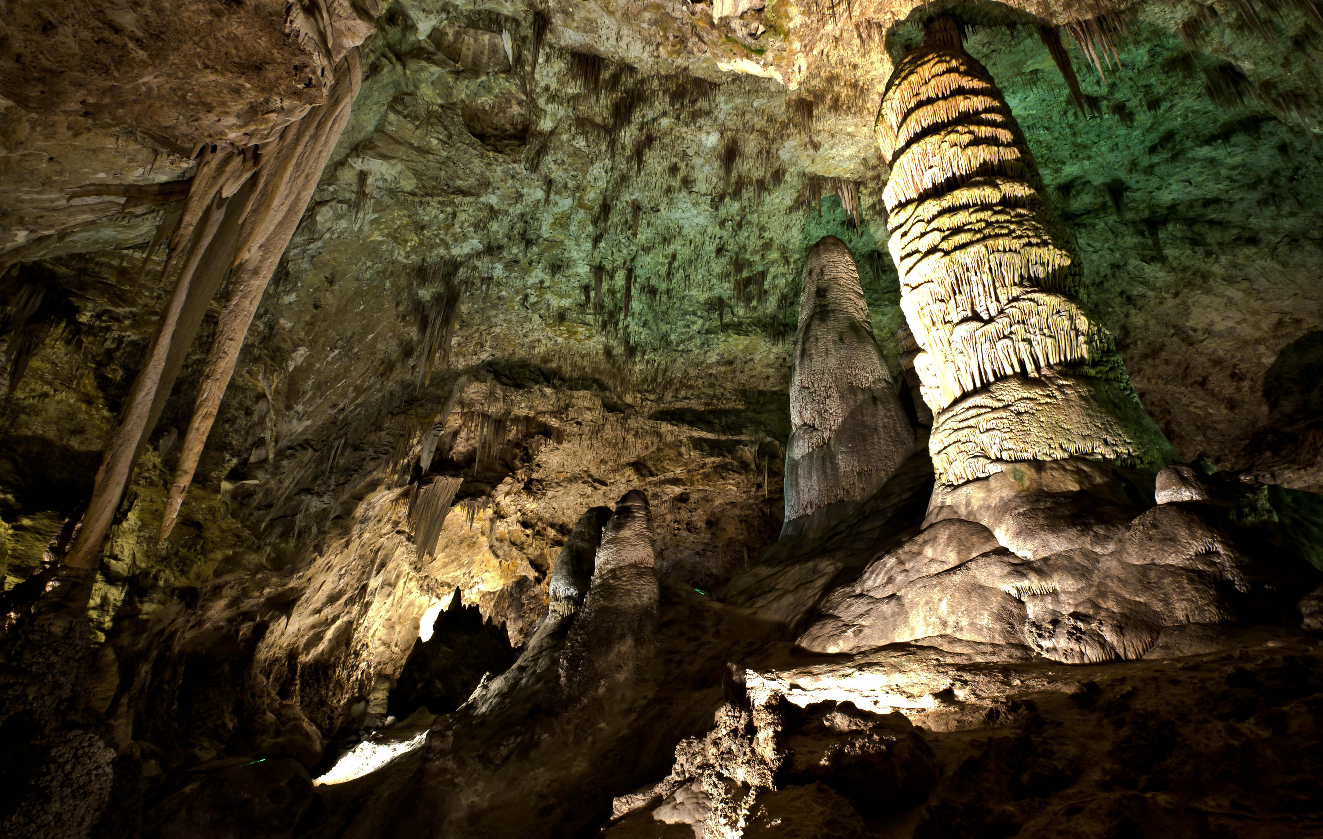 Drawn cavern subterranean Caverns underground on massive could