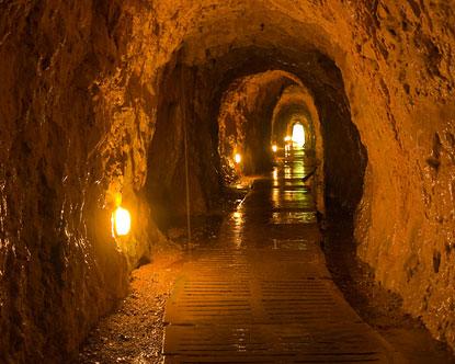 Drawn cavern subterranean Di Caves Naples Seiano Grotto