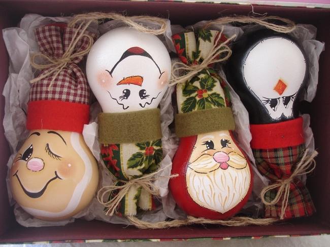 Drawn christmas ornaments bulb Easy made 26 tree bulbs