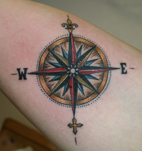 Drawn compass fleur de lis Tattoo A  Piercing Dice