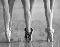 Drawn converse dancer Ballet Pinterest Converse Converse My