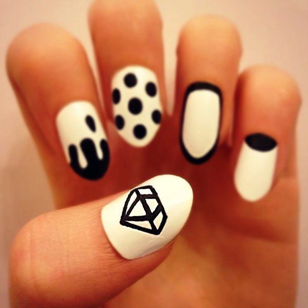 Drawn nail cartoon Diamond Gorgeous These Get Nail