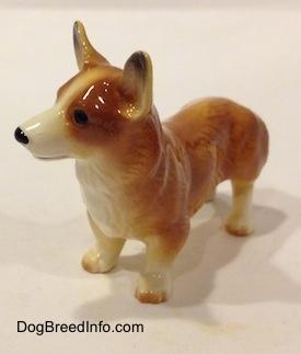 Drawn figurine corgi Corgi Collectable figurine with white