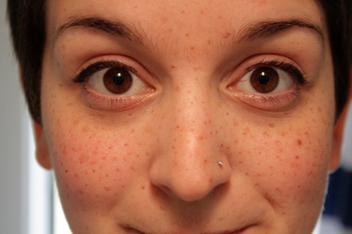 Drawn freckles Soft Makeup until everyone looks