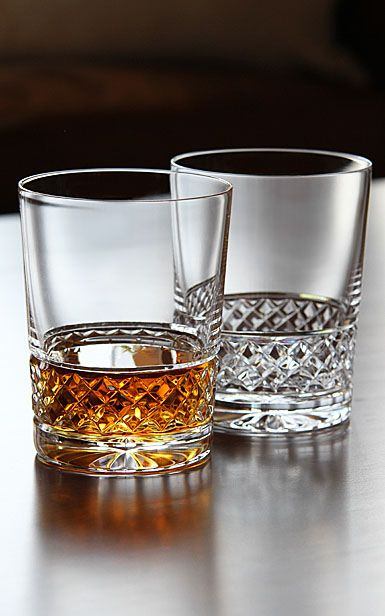 Drawn goggles whisky glass Whiskey/whisky of Ireland Cashs Best