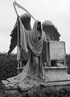 Drawn graveyard death Kiss Statue of Old at