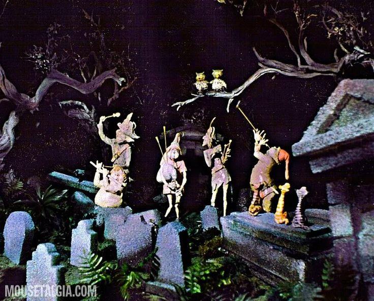 Drawn graveyard disney Model Travel discover Mansion: handpicked