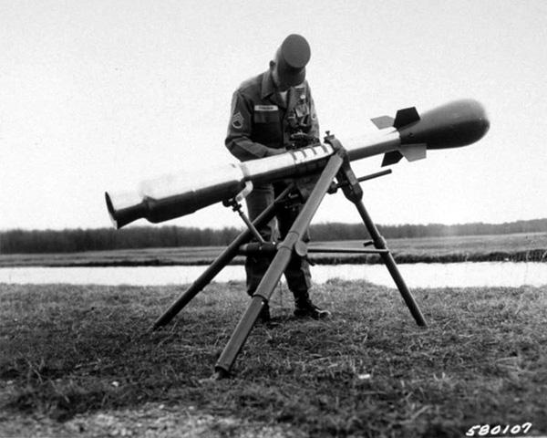 Drawn grenade nuclear (or 8 Jones Wackiest of