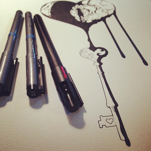 Drawn hearts ink Heart key broken Ink skeleton