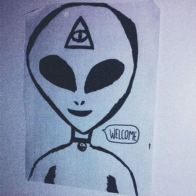 Drawn illuminati alien Instagram veebvb on illuminati alien