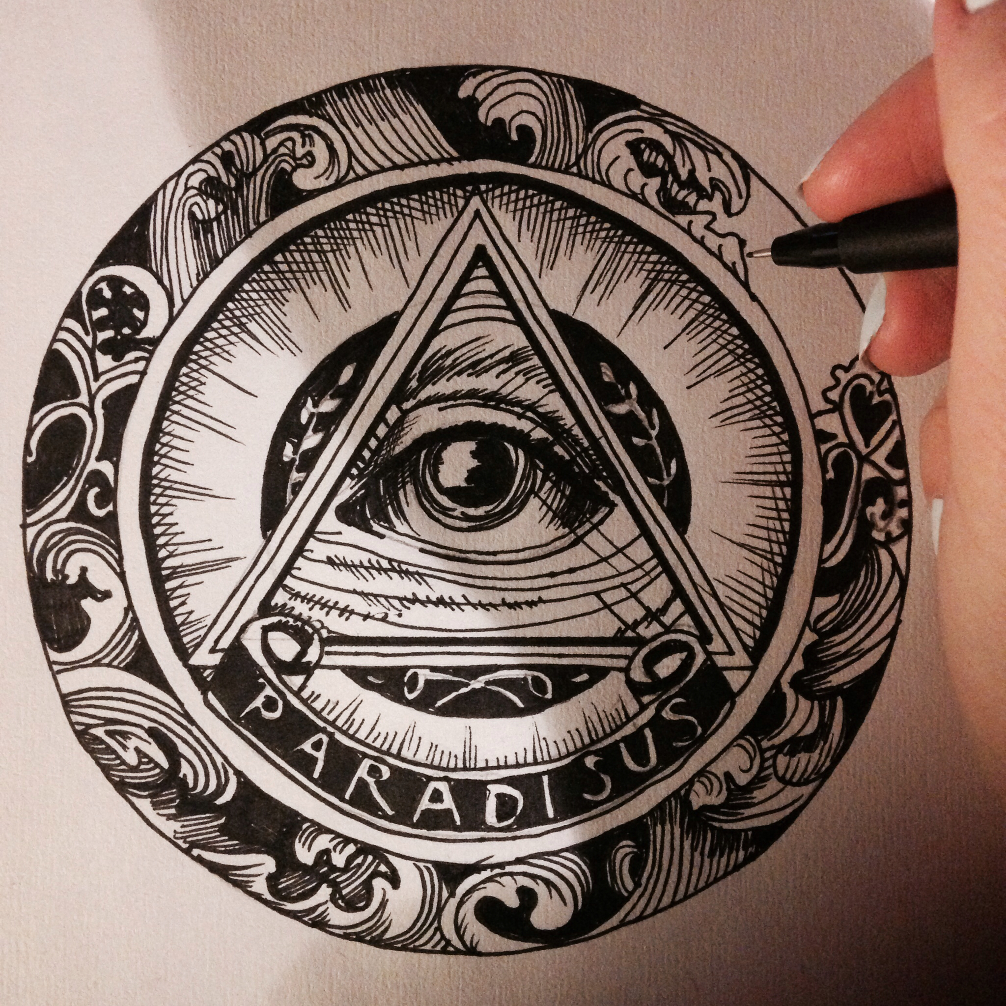 Drawn pyramid masonic For illuminati a triangle curved