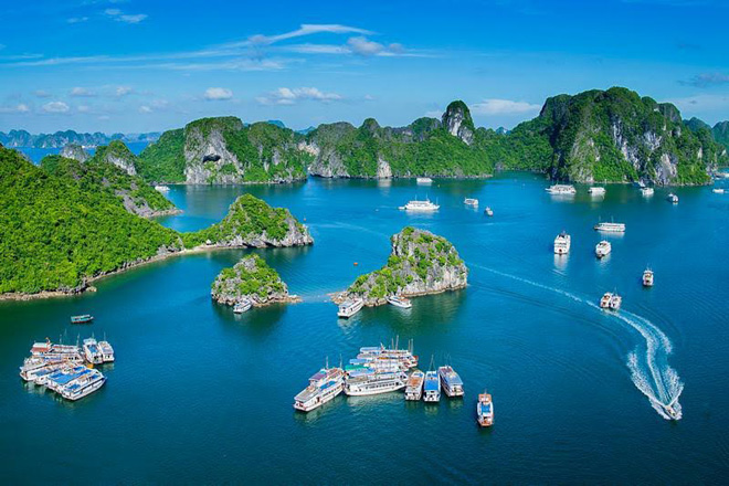 Drawn islet skull island Vietnam of time to explore