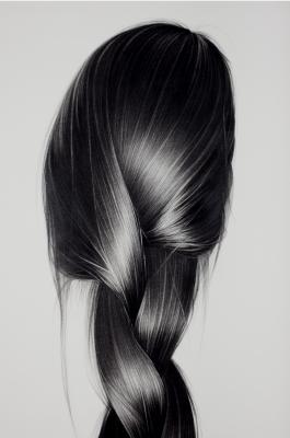 Drawn long hair  work few Maue:
