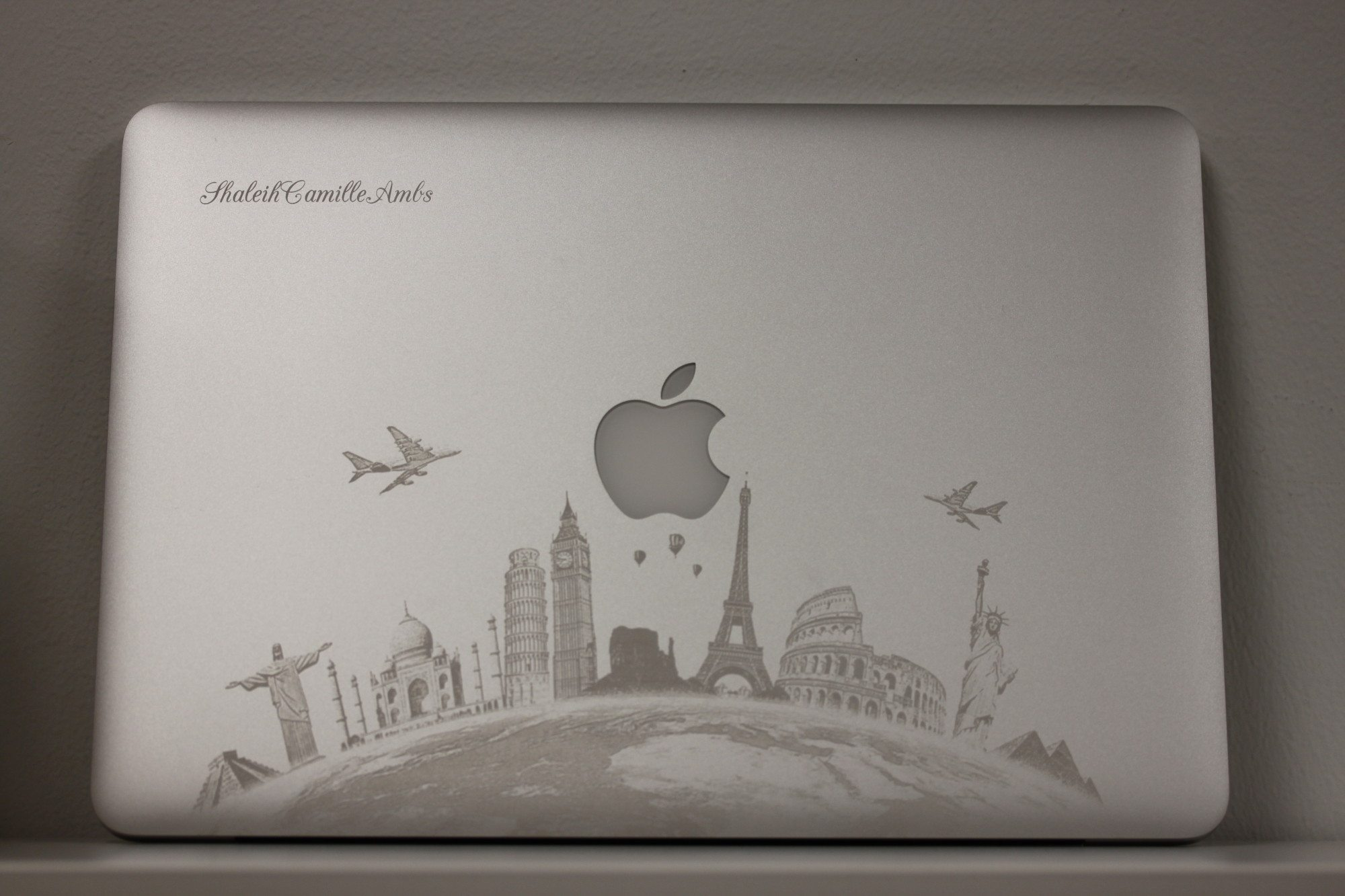 Drawn macbook engraved In Flash MacBook World A