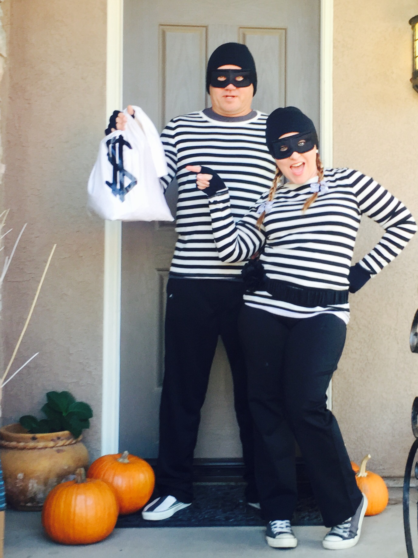 Drawn masks robber I Robber Bandit Costume Easy