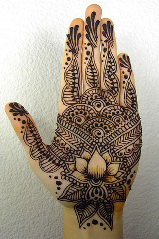 Drawn mehndi intricate 18 Inspire Peacocks You Pinterest