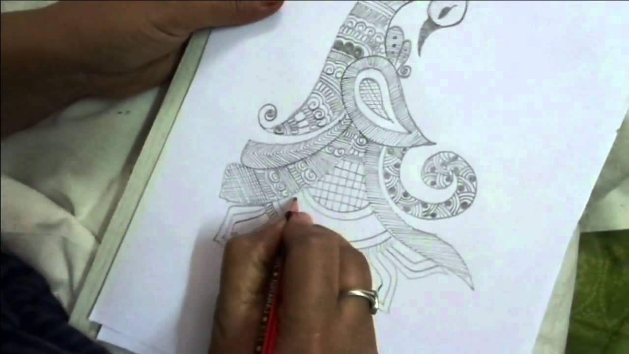 Drawn mehndi sketch Mehndi peacock shape draw shape