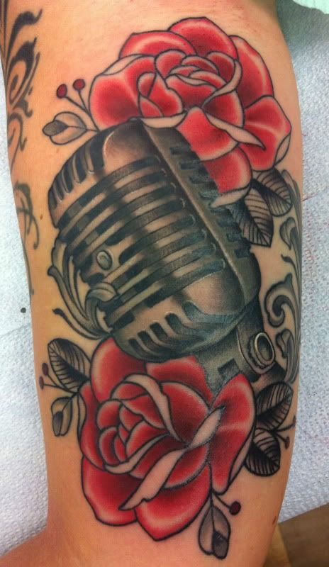 Drawn microphone vintage microphone Tattoo and Microphone on microphone