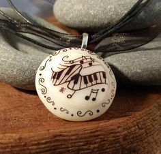 Drawn music ribbon Michigan Lovers white Backwoods necklace