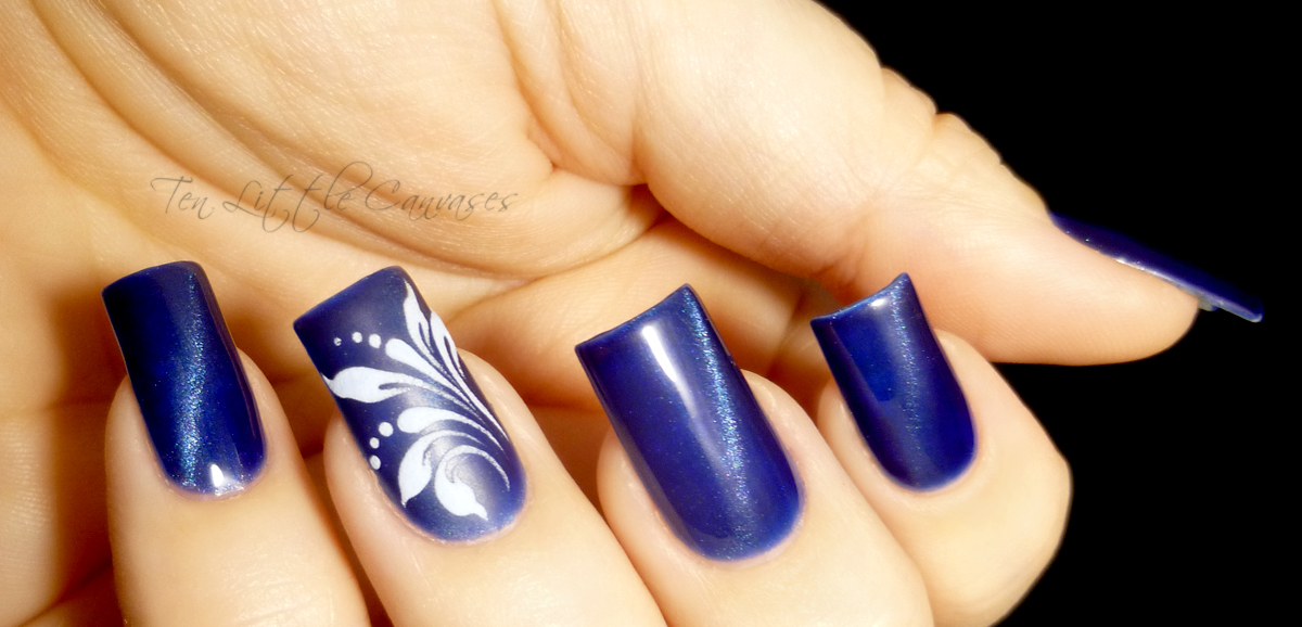 Drawn nail Polish Blue  Tiger New