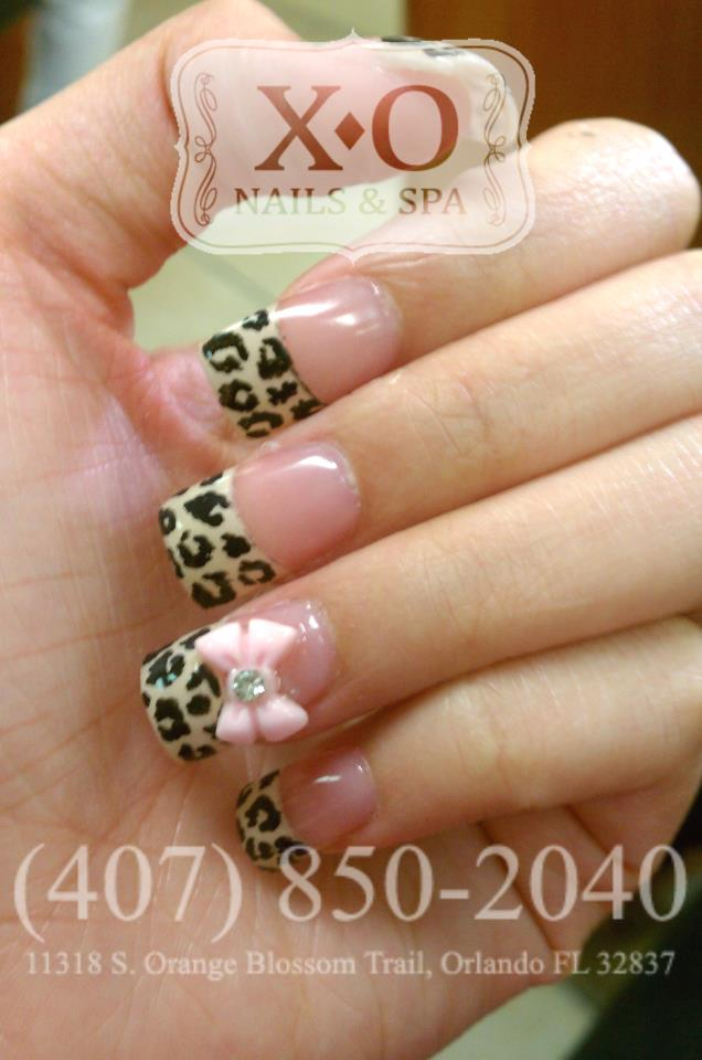 Drawn nail leopard Painted French with Hand /